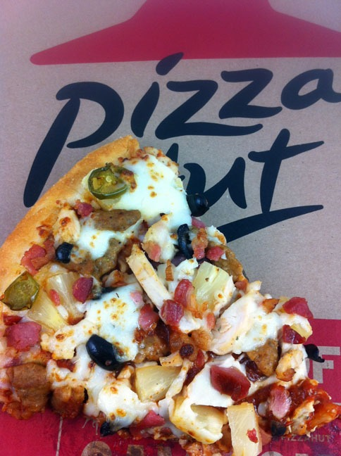 Pizza Hut S 10 Any Size Any Crust Any Toppings Deal Dudefoods Com