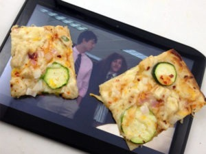 The Motorola XYBoard and my Thai chicken pizza